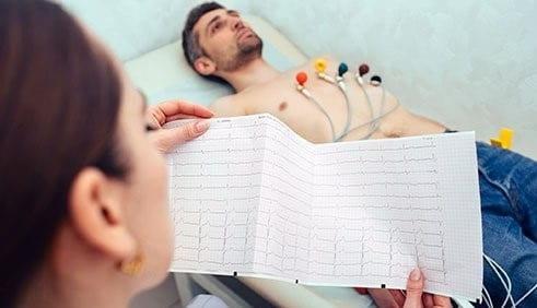 متخصصین قلب چگونه بیماریهای قلبی را تشخیص میدهند